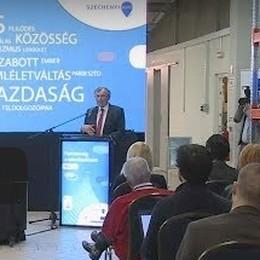 Ezerhétszázmilllió forintos középvállalati fejlesztési programot jelentettek be Győrött